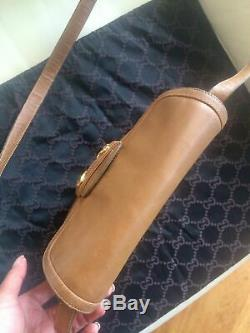 Beautiful & Rare Vintage Gucci 1955 Horsebit Tan Leather Crossbody Shoulder Bag
