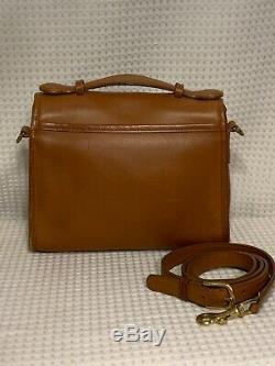 COACH VINTAGE COURT British Tan Crossbody Shoulder Satchel Hand Bag Brass 9870