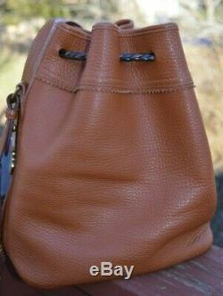 Dooney & Bourke Tan AWL Bucket Purse Shoulder Crossbody Drawstring Bag Vintage