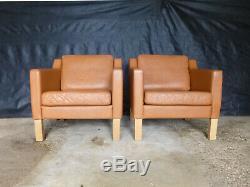 EB566 Pair of Orange Tan Leather Lounge Chairs Vintage Danish Retro Mid-Century