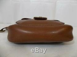 GUCCI Italy Vtg Deep Tan All-Leather & Gold Medium Shoulder Purse with GG Flap