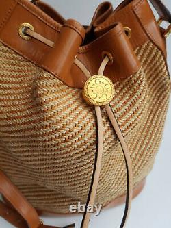 Gucci Vintage Tan Brown Leather Woven Shoulder Bucket Drawstring Bag