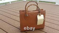 Gucci Vintage Tan Leather Bamboo Tote Handbag Excellent Exterior