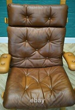 Mid Century Retro Vintage Norwegian Tan Leather Buttoned Lounge Armchair 1970s