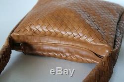 NEAR EXCELLENT Vintage BOTTEGA VENETA INTRECCIATO Tan HOBO SHOULDER BAG Italy