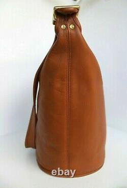 NEAR EXCELLENT Vintage COACH Tan LARGE BUCKET DUFFLE BAG HANDBAG PURSE 9085