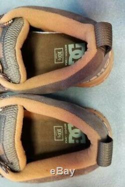 RARE Vintage DC SHOE CO. CLOCKER 2 SKATEBOARD Shoes 10.5 Suede Leather Tan & Tan