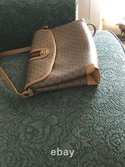 Vintage 1980s Gucci Tan monogrammed Crossbody Leather Bag