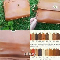 Vintage 1995 90s Coach Classic British Tan Court Bag Style # 9870 VSCO Boho Punk