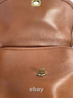Vintage Coach 9977 Manor British Tan Leather Satchel Handbag Purse Strap Charm