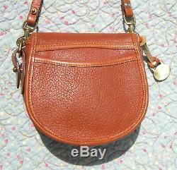 Vintage Dooney and Bourke Big Duck Shoulder Bag British Tan U. S. A