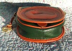 Vintage Dooney and Bourke Big Duck Shoulder Bag Fir Green / Tan U. S. A