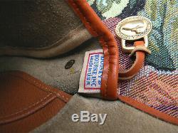 Vintage Dooney and Bourke Big Duck Shoulder Bag U. S. A. Taupe / Tan