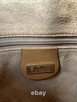 Vintage Gucci Drawstring Cream Beige Tan leather crossbody bag purse