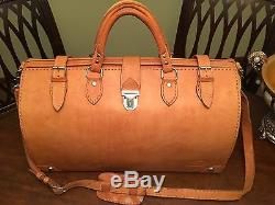 Vintage Tan Heavy Saddle Leather Gladstone Travel Bag / Doctor Bag / Duffle